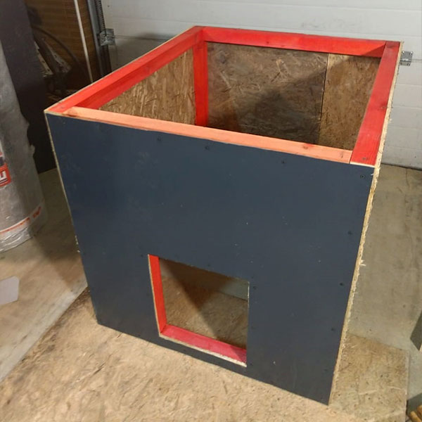 Изготовление утеплённой будки для собаки